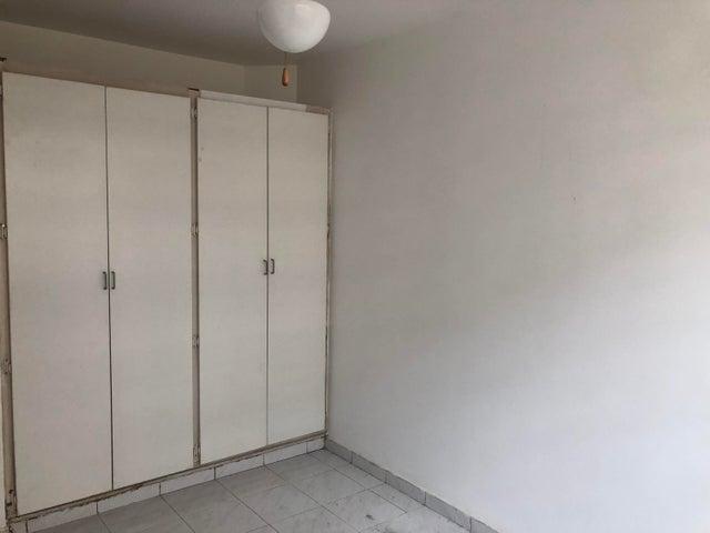 Apartamento Panama>Panama>Bellavista - Alquiler:800 US Dollar - codigo: 20-1870