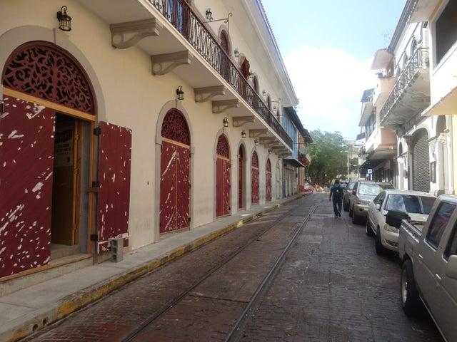 Retail Panama>Panama>Casco Antiguo - Alquiler:5.000 US Dollar - codigo: 20-1989