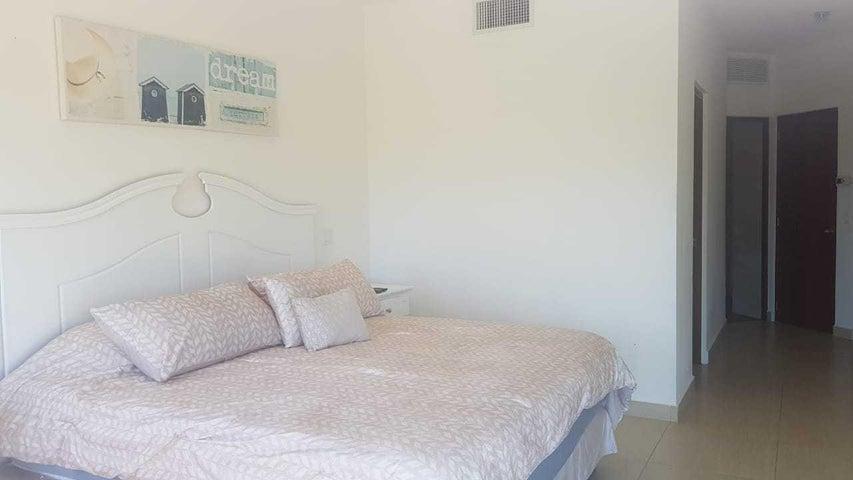 Apartamento Panama>San Carlos>San Carlos - Alquiler:1.200 US Dollar - codigo: 20-1992