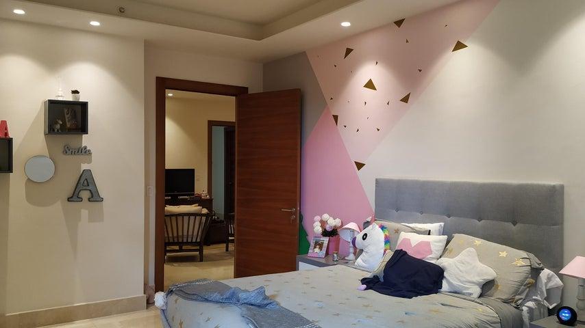 Apartamento Panama>Panama>Santa Maria - Alquiler:3.800 US Dollar - codigo: 20-2001