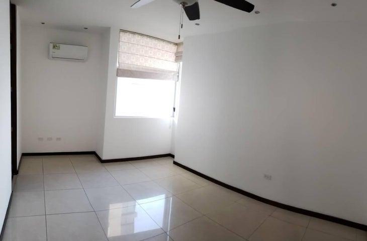 Apartamento Panama>Panama>Costa del Este - Alquiler:2.300 US Dollar - codigo: 20-2087