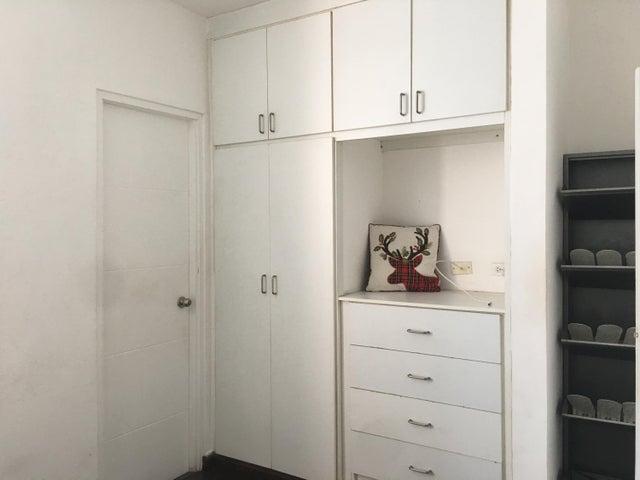 Apartamento Panama>Panama>El Cangrejo - Alquiler:800 US Dollar - codigo: 20-2369