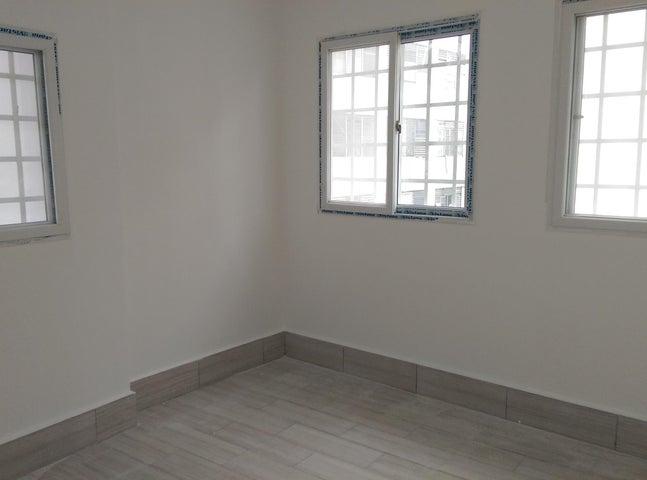 Apartamento Panama>Panama>Casco Antiguo - Alquiler:600 US Dollar - codigo: 20-2464