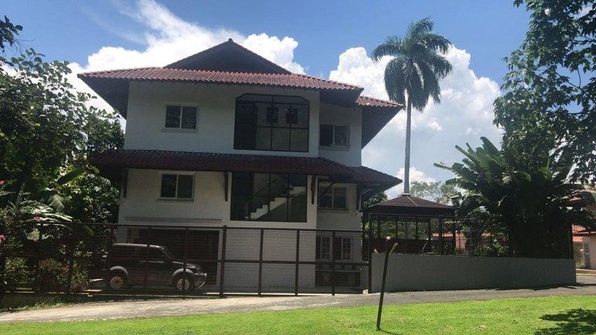 Casa Panama>Panama>Albrook - Venta:795.000 US Dollar - codigo: 20-2841