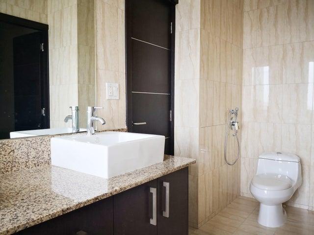 Apartamento Panama>Panama>San Francisco - Alquiler:1.800 US Dollar - codigo: 20-3310