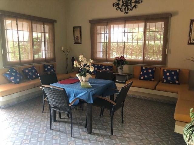 Casa Panama>Chame>Coronado - Venta:560.000 US Dollar - codigo: 20-3707