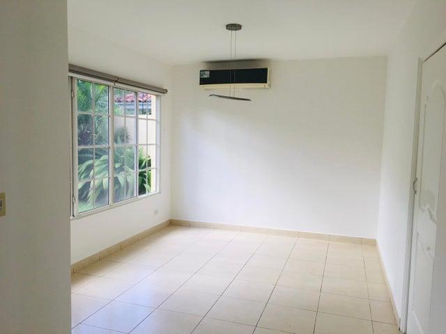Casa Panama>Panama>Costa del Este - Alquiler:2.300 US Dollar - codigo: 20-3794
