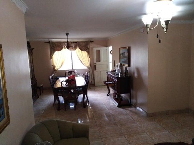 Casa Panama>Panama>Altos del Chase - Venta:415.000 US Dollar - codigo: 20-4370
