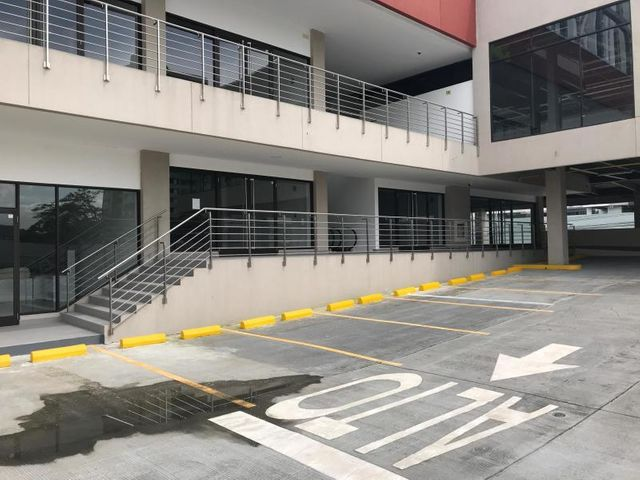 Local Comercial Panama>Panama>Condado del Rey - Venta:379.900 US Dollar - codigo: 20-5342