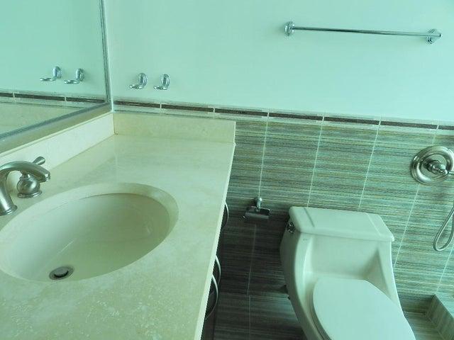 Apartamento Panama>Panama>Costa del Este - Venta:630.000 US Dollar - codigo: 20-5625