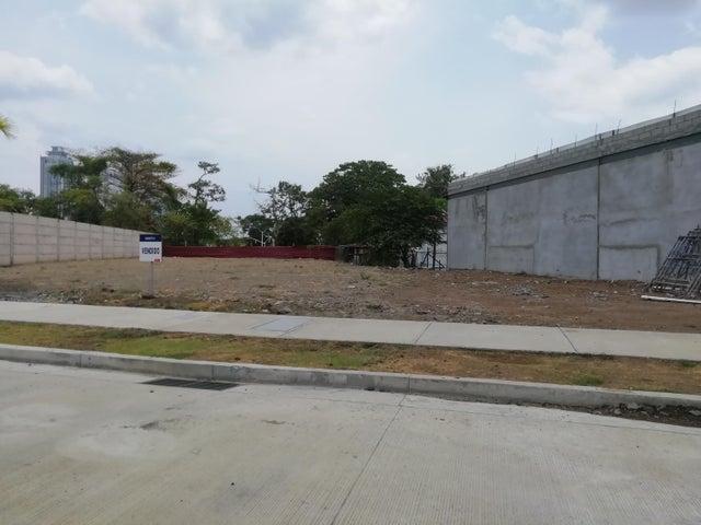 Terreno Panama>Panama>Parque Lefevre - Venta:1.050.000 US Dollar - codigo: 20-5871