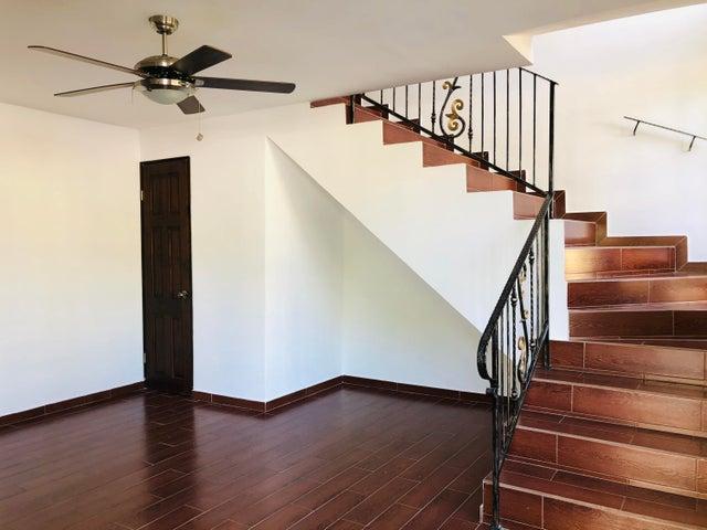 Casa Panama>Panama>Clayton - Alquiler:1.600 US Dollar - codigo: 20-5965