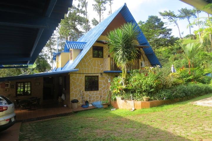 Casa Panama>Pacora>Cerro Azul - Venta:300.000 US Dollar - codigo: 20-6029