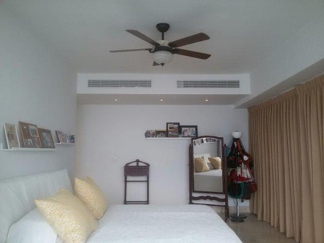 Apartamento Panama>Panama>Avenida Balboa - Venta:1.080.000 US Dollar - codigo: 20-6487