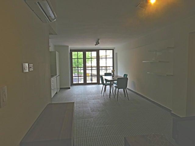 Apartamento Panama>Panama>Santa Ana - Alquiler:1.500 US Dollar - codigo: 20-7003