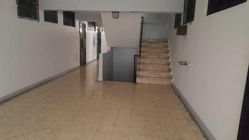 Apartamento Panama>Panama>San Francisco - Venta:95.000 US Dollar - codigo: 20-8452