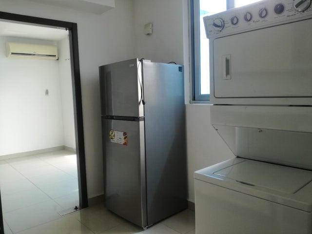 Apartamento Panama>Panama>San Francisco - Alquiler:950 US Dollar - codigo: 20-9901