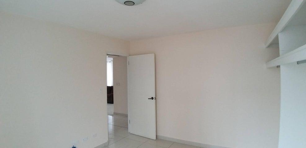 Apartamento Panama>Panama>Bellavista - Alquiler:1.200 US Dollar - codigo: 20-10189