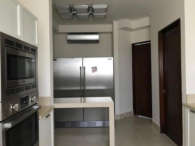 Apartamento Panama>Panama>Santa Maria - Venta:890.000 US Dollar - codigo: 20-10371