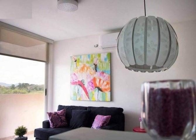 Apartamento Panama>San Miguelito>El Crisol - Alquiler:800 US Dollar - codigo: 20-10973