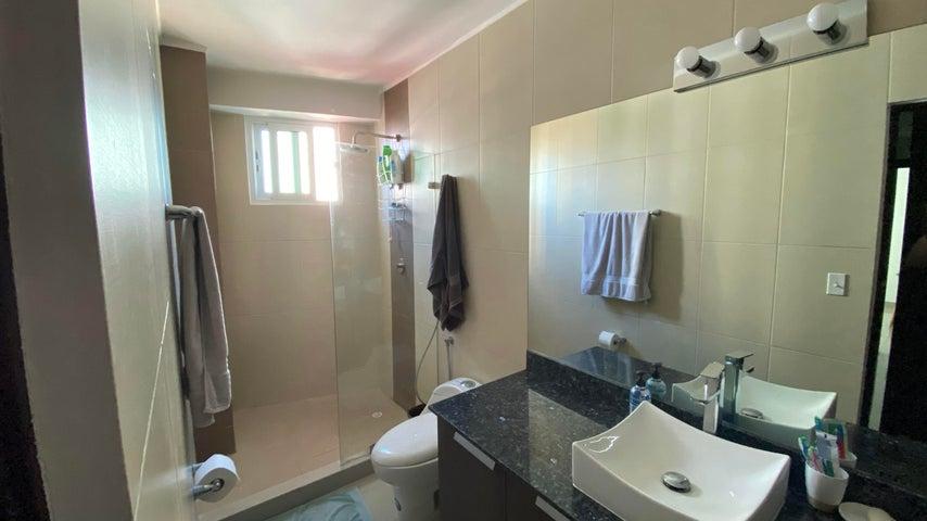 Apartamento Panama>Panama>Carrasquilla - Venta:142.000 US Dollar - codigo: 20-11021