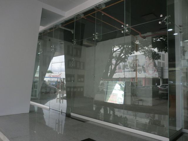 Local Comercial Panama>Panama>Via España - Alquiler:2.100 US Dollar - codigo: 20-11977