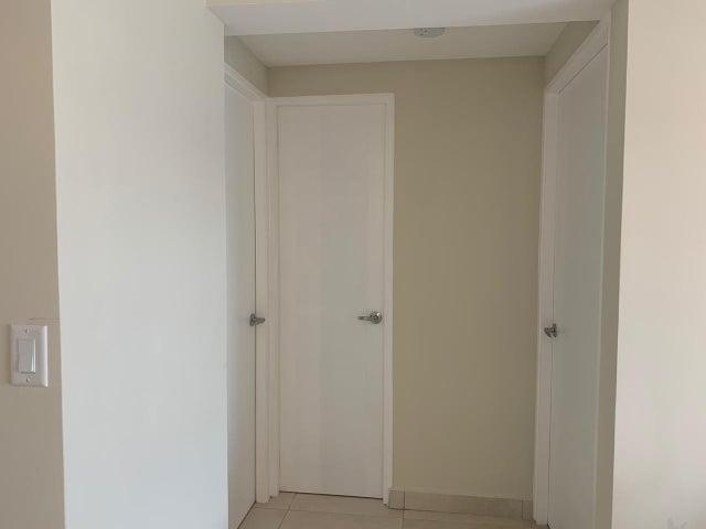 Apartamento Panama>Panama>Costa del Este - Venta:130.000 US Dollar - codigo: 20-7787