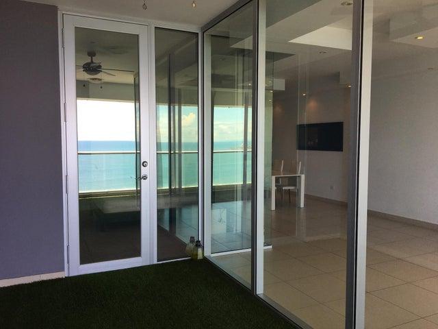 Apartamento Panama>Panama>Avenida Balboa - Alquiler:1.380 US Dollar - codigo: 20-12190