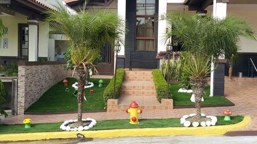 Casa Panama>Panama>Las Cumbres - Venta:290.000 US Dollar - codigo: 20-12515