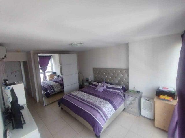 Apartamento Panama>Panama>Costa del Este - Venta:300.000 US Dollar - codigo: 20-5582
