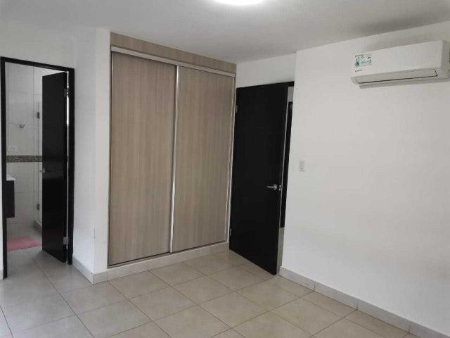 Apartamento Panama>Panama>Edison Park - Venta:215.000 US Dollar - codigo: 20-12825