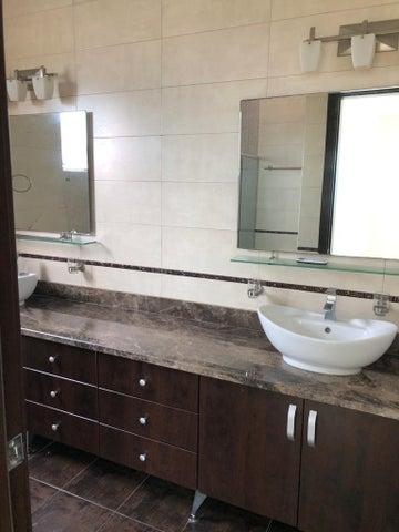 Apartamento Panama>Panama>Costa del Este - Alquiler:2.190 US Dollar - codigo: 21-237
