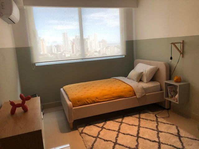 Apartamento Panama>Panama>San Francisco - Venta:222.500 US Dollar - codigo: 21-561