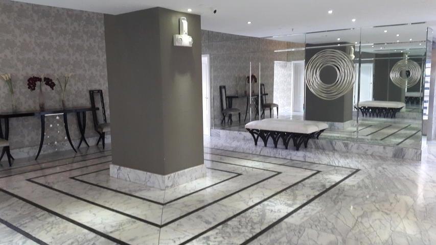 Apartamento Panama>Panama>Avenida Balboa - Alquiler:3.500 US Dollar - codigo: 21-657