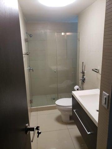 Apartamento Panama>Panama>Costa del Este - Alquiler:1.400 US Dollar - codigo: 21-679