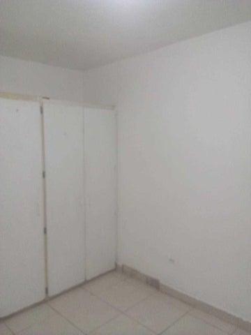 Apartamento Panama>Panama>12 de Octubre - Alquiler:750 US Dollar - codigo: 21-1157