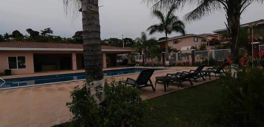 Casa Panama>Panama>Brisas Del Golf - Venta:360.000 US Dollar - codigo: 21-1392
