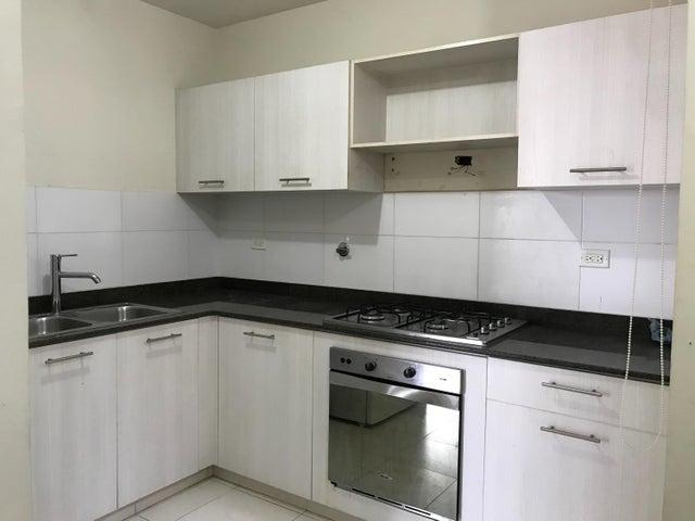 Apartamento Panama>Panama>Versalles - Alquiler:900 US Dollar - codigo: 21-1584