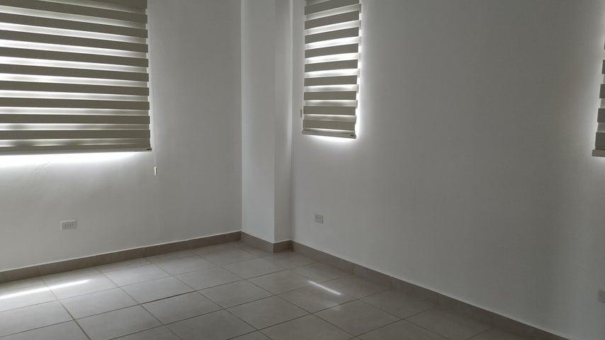 Casa Panama>Panama>Brisas Del Golf - Venta:220.000 US Dollar - codigo: 21-1700