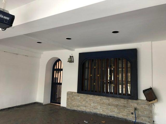 Casa Panama>Panama>Villa de las Fuentes - Venta:350.000 US Dollar - codigo: 21-1997
