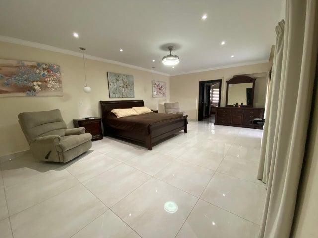 Casa Panama>Panama>Altos del Golf - Alquiler:13.000 US Dollar - codigo: 21-2083