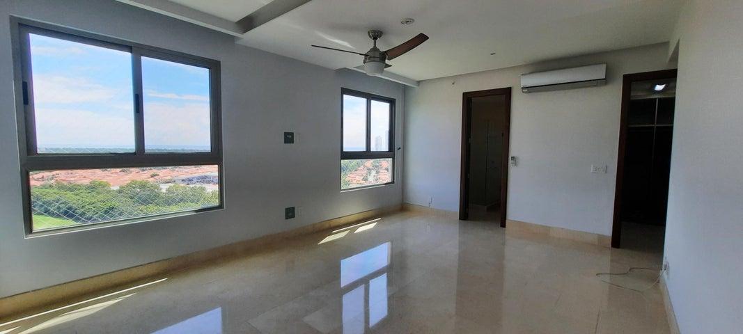 Apartamento Panama>Panama>Santa Maria - Venta:675.000 US Dollar - codigo: 21-2101
