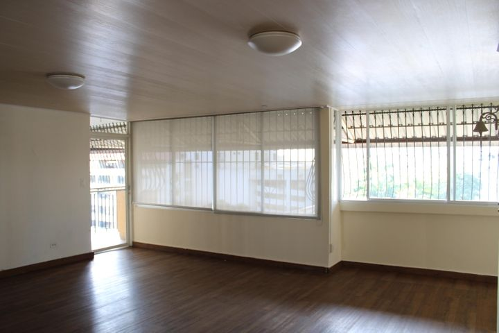 Apartamento Panama>Panama>Obarrio - Alquiler:900 US Dollar - codigo: 21-2108
