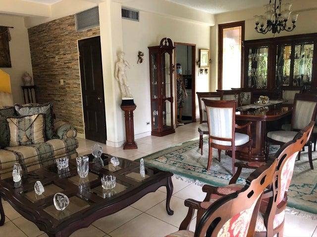 Casa Panama>Panama>Albrook - Venta:495.000 US Dollar - codigo: 21-2225