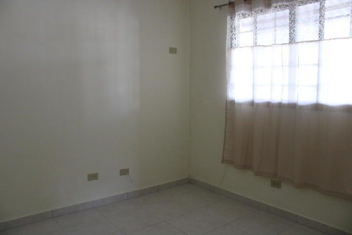 Casa Panama>Panama>Las Cumbres - Alquiler:700 US Dollar - codigo: 21-2722