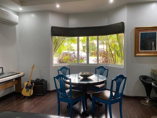 Casa Panama>Panama>Costa del Este - Venta:990.000 US Dollar - codigo: 21-2759