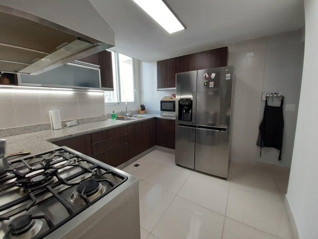 Apartamento Panama>Panama>San Francisco - Venta:295.000 US Dollar - codigo: 21-3041