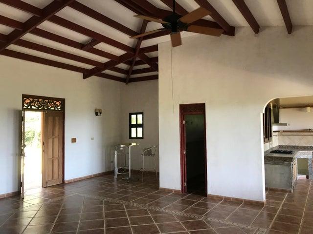 Casa Panama>Chame>Sora - Venta:480.000 US Dollar - codigo: 21-3107