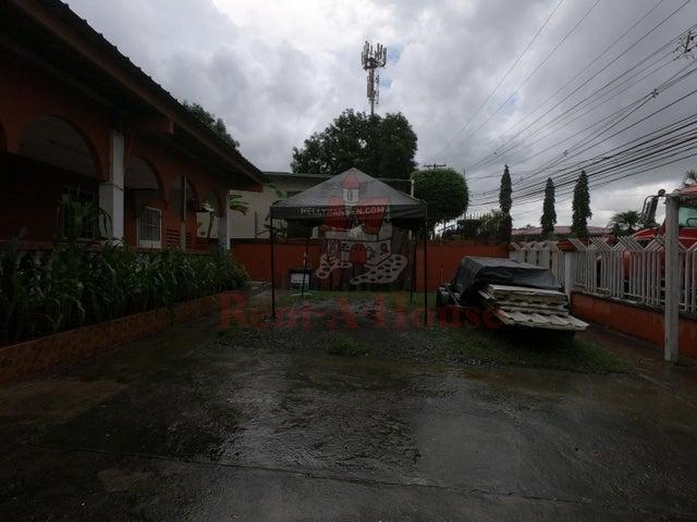 Local Comercial Panama>Panama>24 de Diciembre - Venta:200.915 US Dollar - codigo: 21-3581