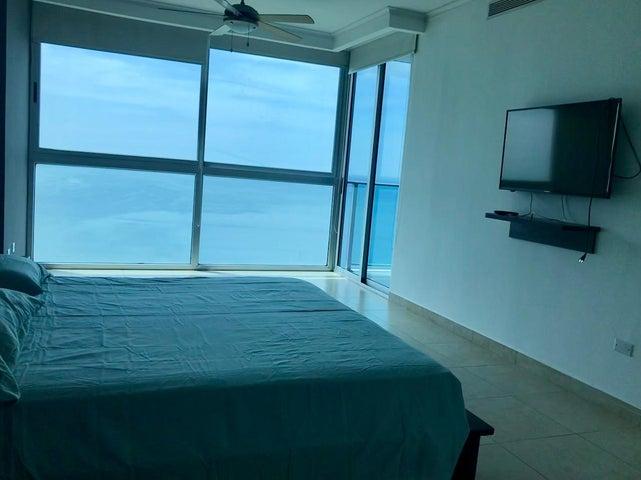 Apartamento Panama>Panama>Avenida Balboa - Alquiler:1.100 US Dollar - codigo: 21-3794